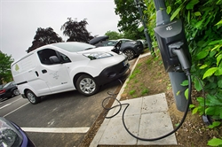 Warwick helps Char.gy launch lampost based electric charging